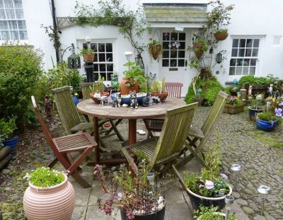 An English Garden And How It Has Changed Over Time
